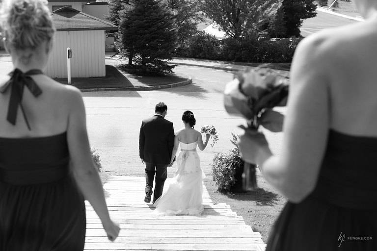 Toronto Wedding Photographer documents Wedding at Horseshoe Valley Resort