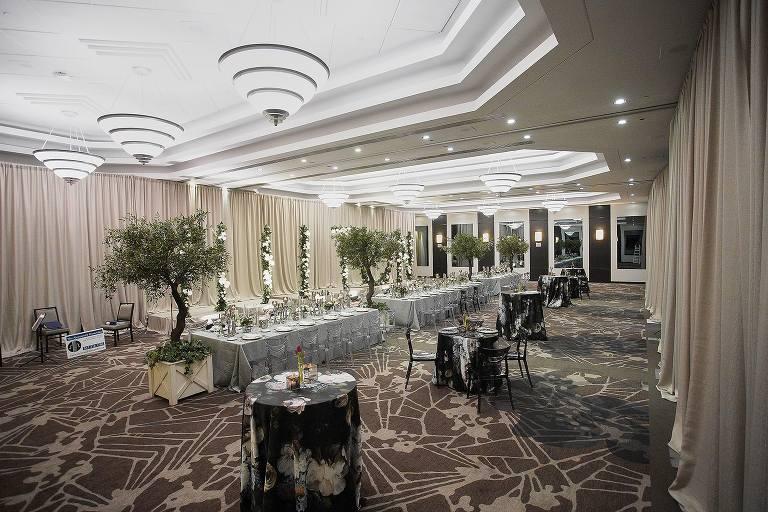 Hilton Hotel Markham Room interior